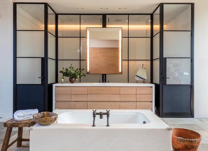 Grey-Bath 3-retouched